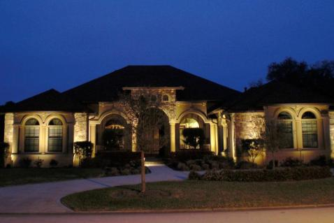 Residential landscape lighting designer